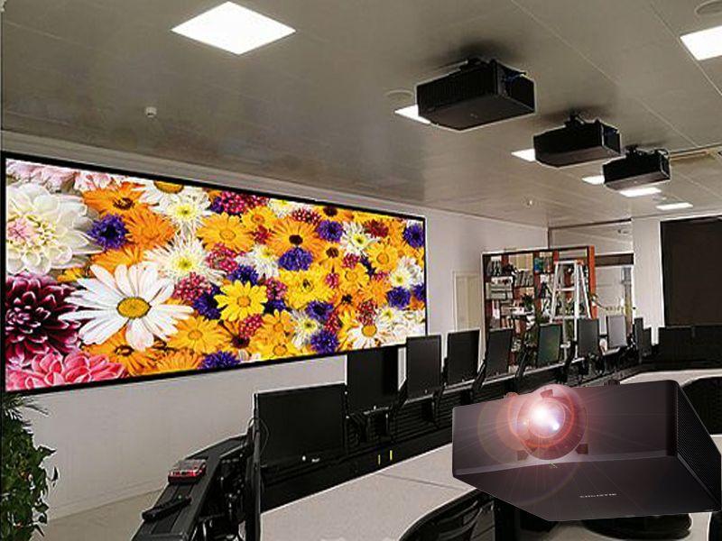 投影融合大屏显示系统